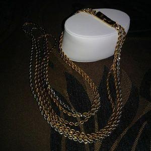 Jewelry - NECKLACE GOLD / SILVER
